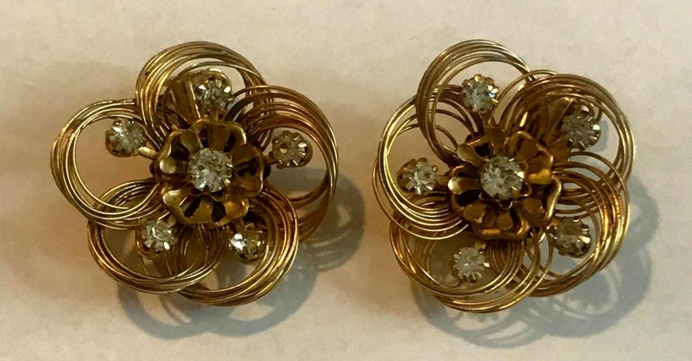 Vintage Signed Kramer Gold Tone Wire Flower Earrings W/ Rhinestone Accents