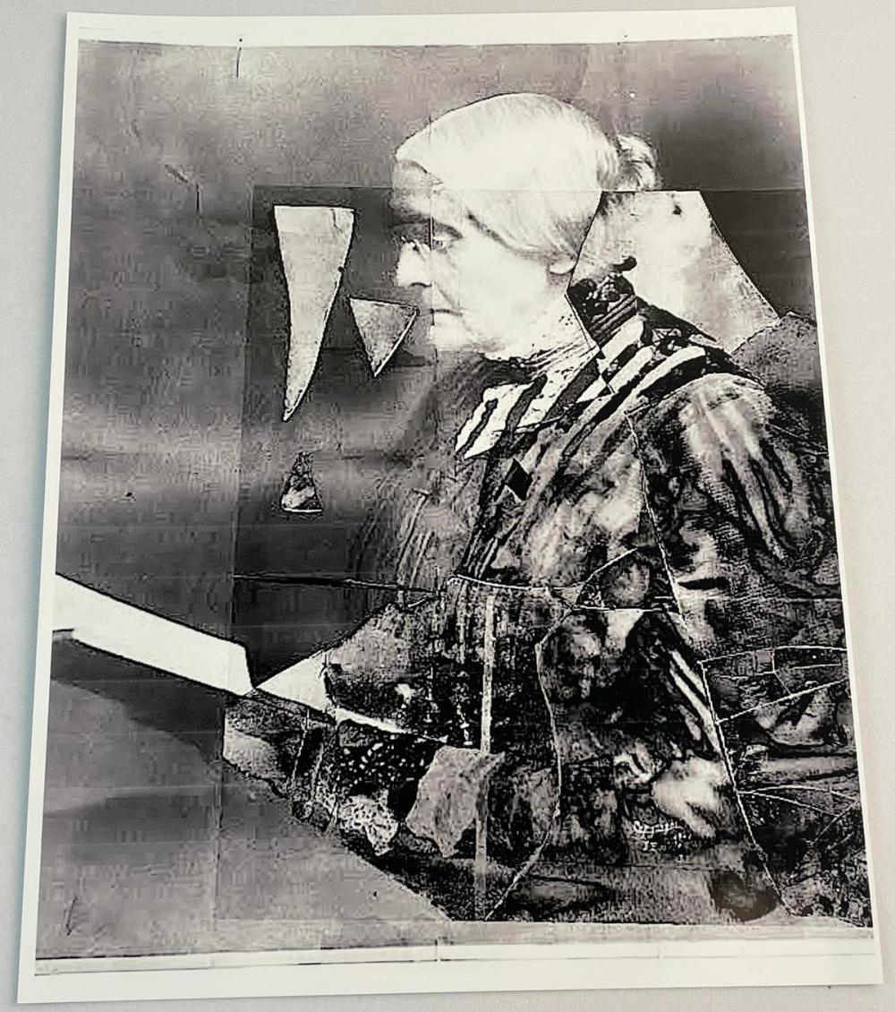 ULTRA RARE Antique 1905 Susan B. Anthony Official Suffragist Photographic Print Glass Negative w/ Restored Case