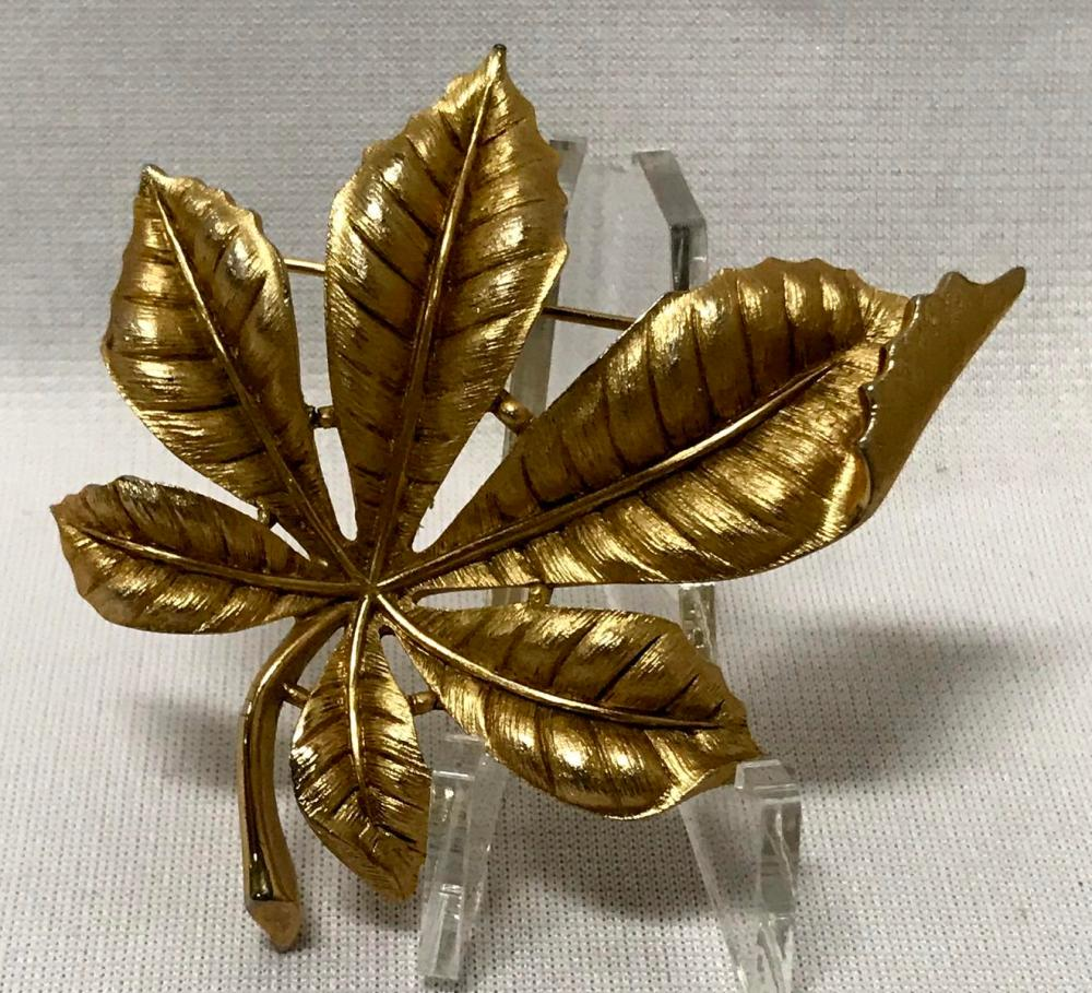 Vintage Signed Trifari Gold Tone Folded Leaf Brooch