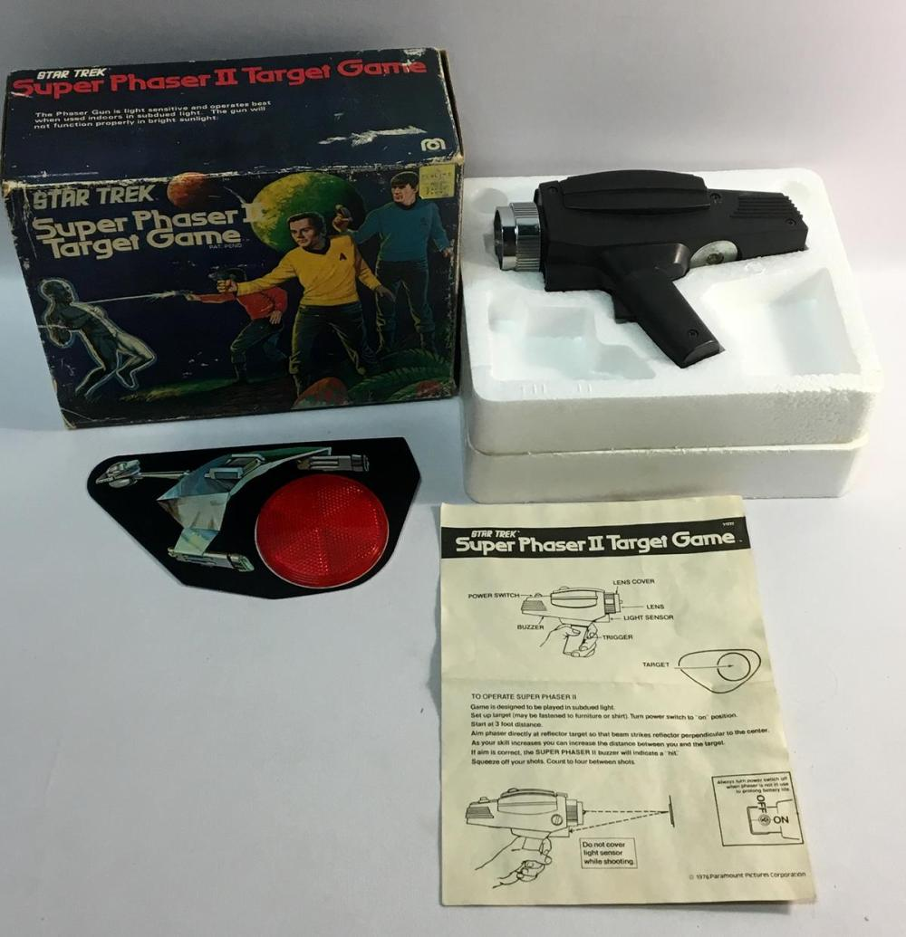 Vintage 1976 Star Trek Super Phaser II Target Game W/ Original Box & Instructions By MEGO