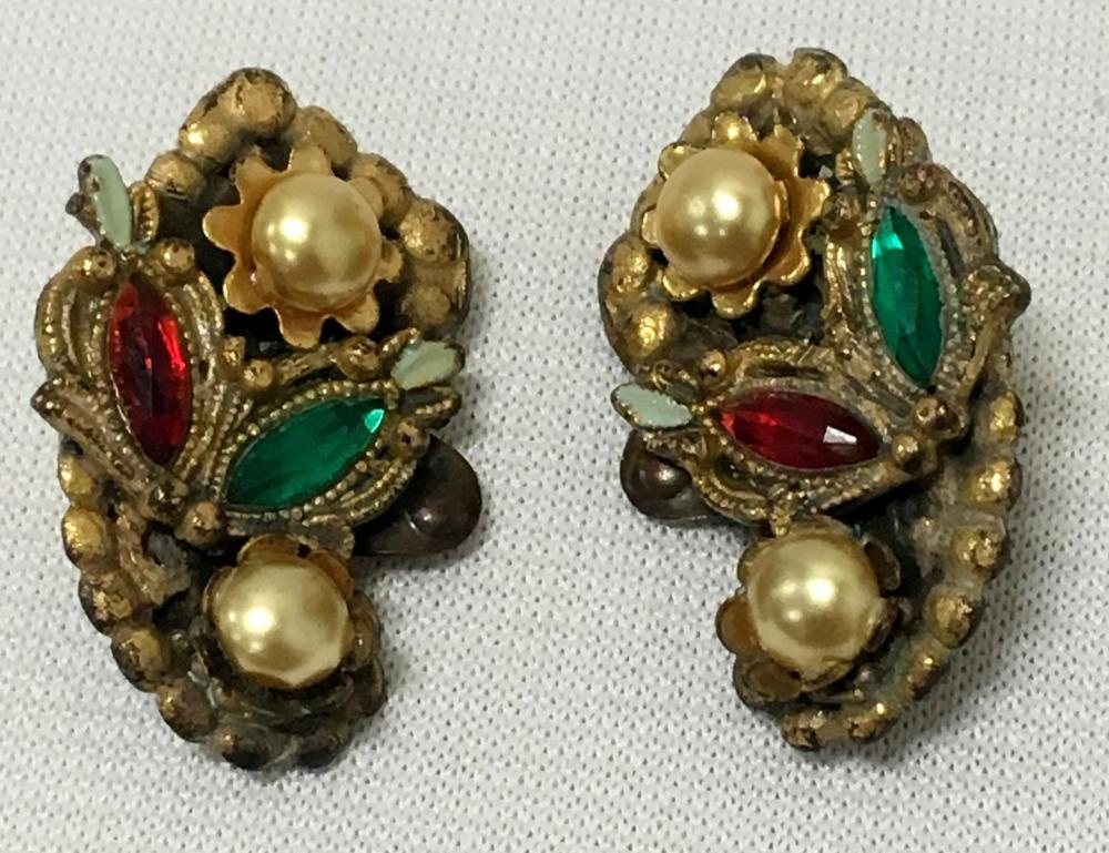 Vintage Pair of Gold Tone Red & Green Rhinestone w/ Faux Pearl Shoe Clips