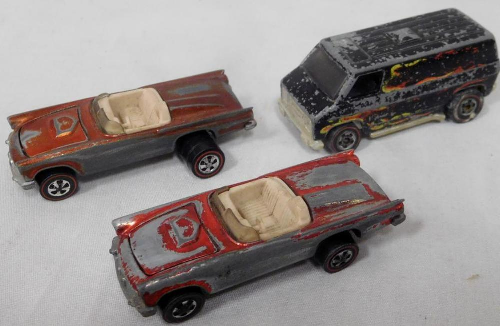 Vintage Lot of 3 Hot Wheels Red Lines (Two 1968 Classic '57 Thunderbird and 1974 Super Van)
