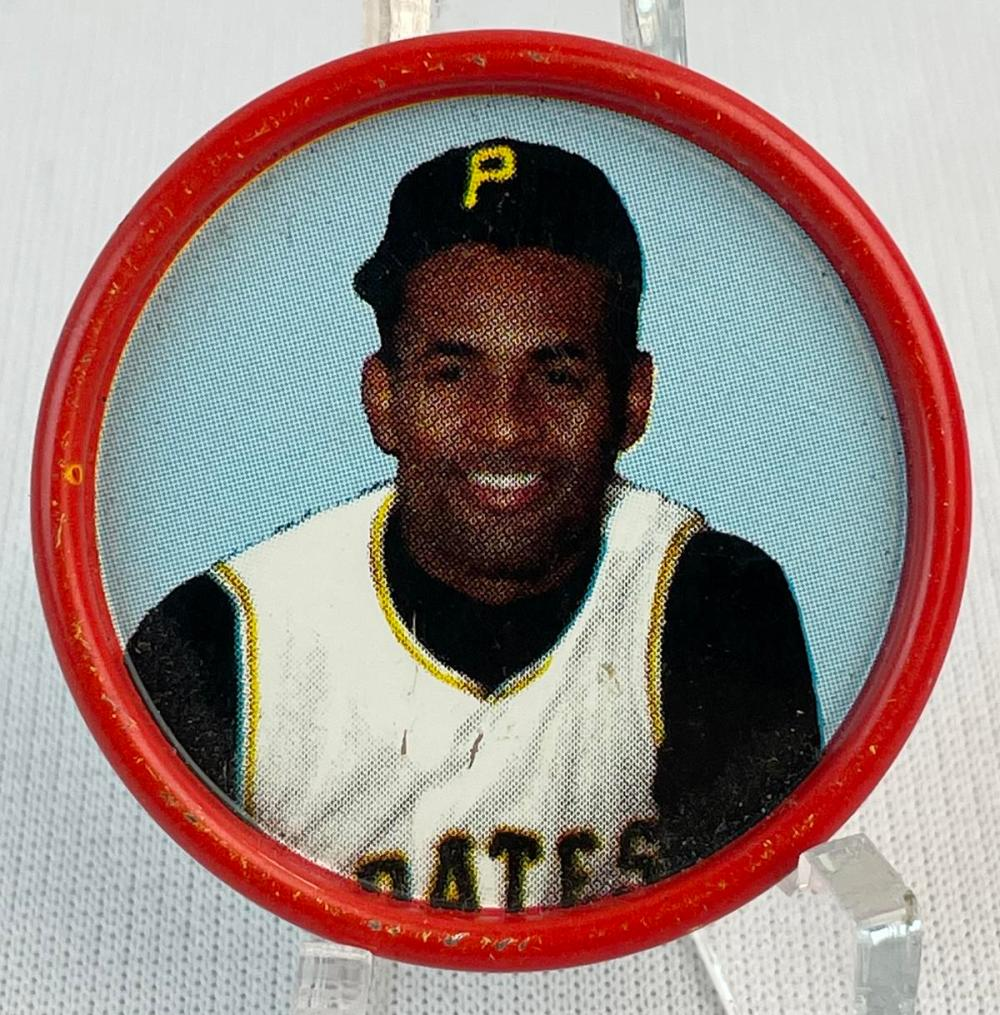 1963 Salada Tea and Junket #23 Roberto Clemente Pittsburgh Pirates Coin