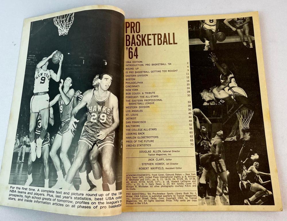 1964 Pro Basketball Magazine w/ Wilt Chamberlain Cover