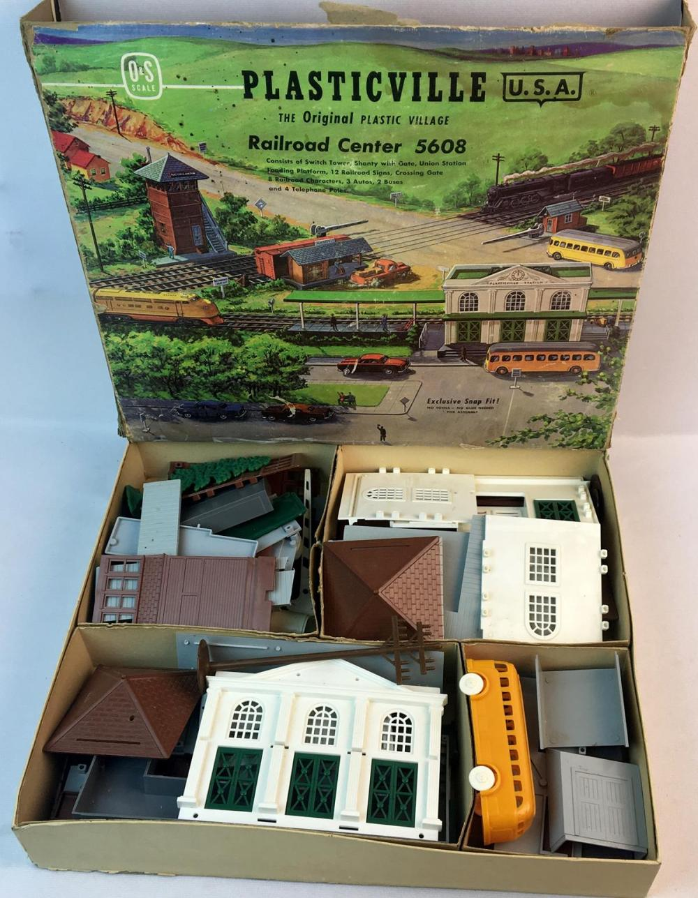 Vintage 1950's Plasticville Railroad Center #5608 O&S Scale Bachmann Bros Inc. w/ Box
