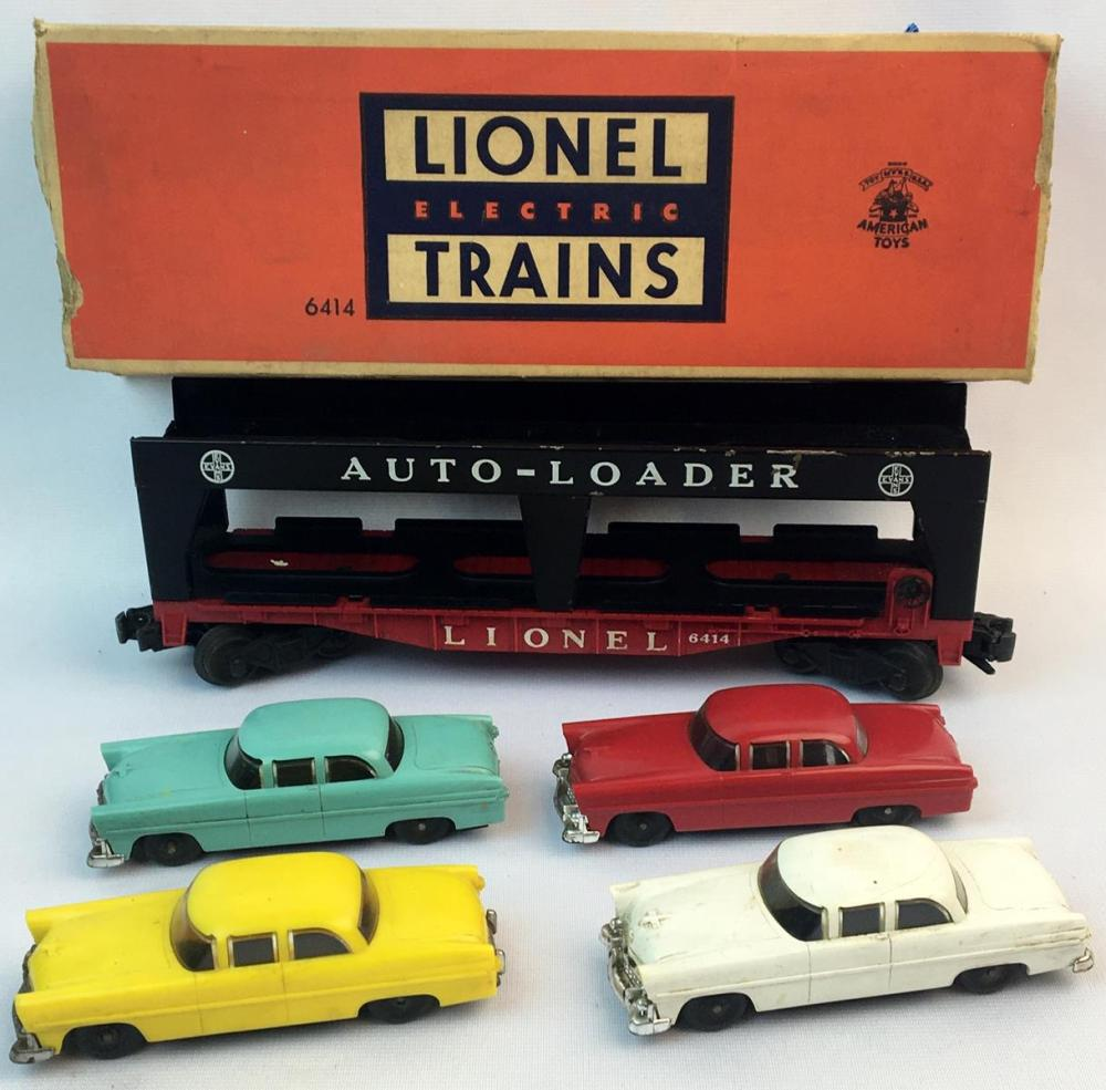 Vintage Lionel Auto-Loader No. 6414 with 4 Cars and Original Box