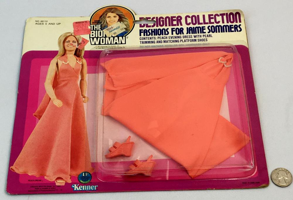 """Vintage 1976 Kenner Jaime Sommers The Bionic Woman """"Peach Dream' Outfit CARDED"""