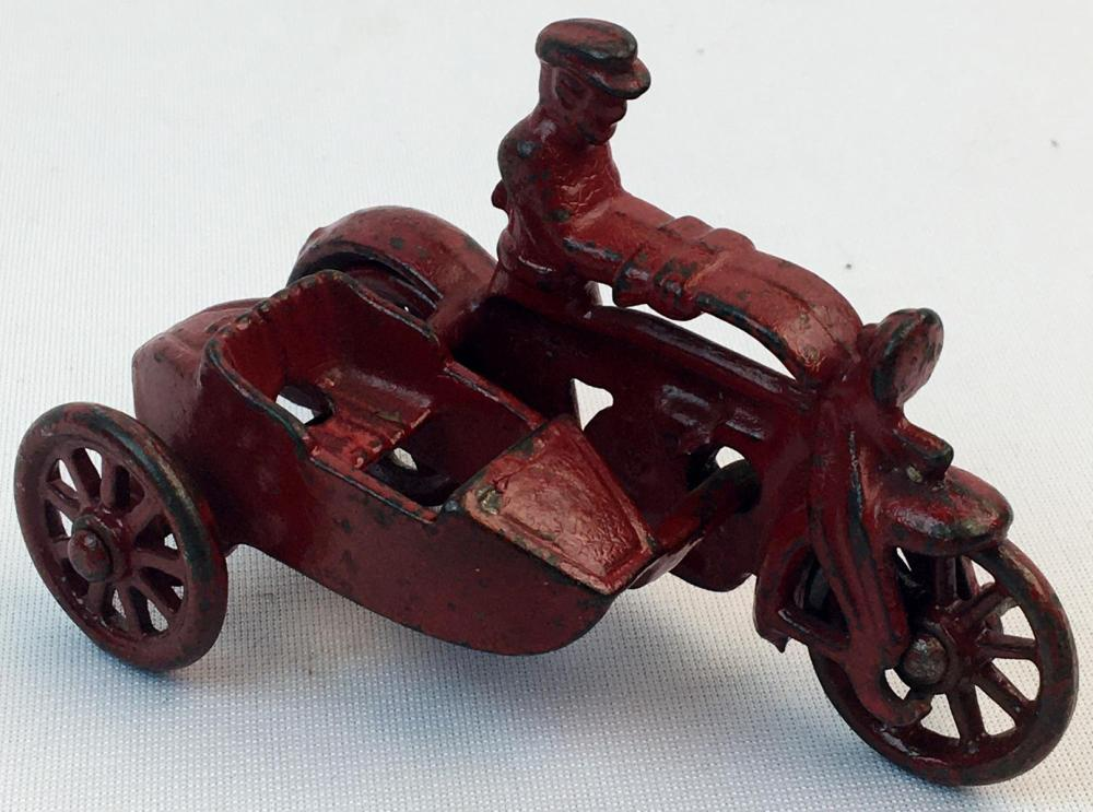 Vintage 1930's Hubley Cast Iron Motorcycle