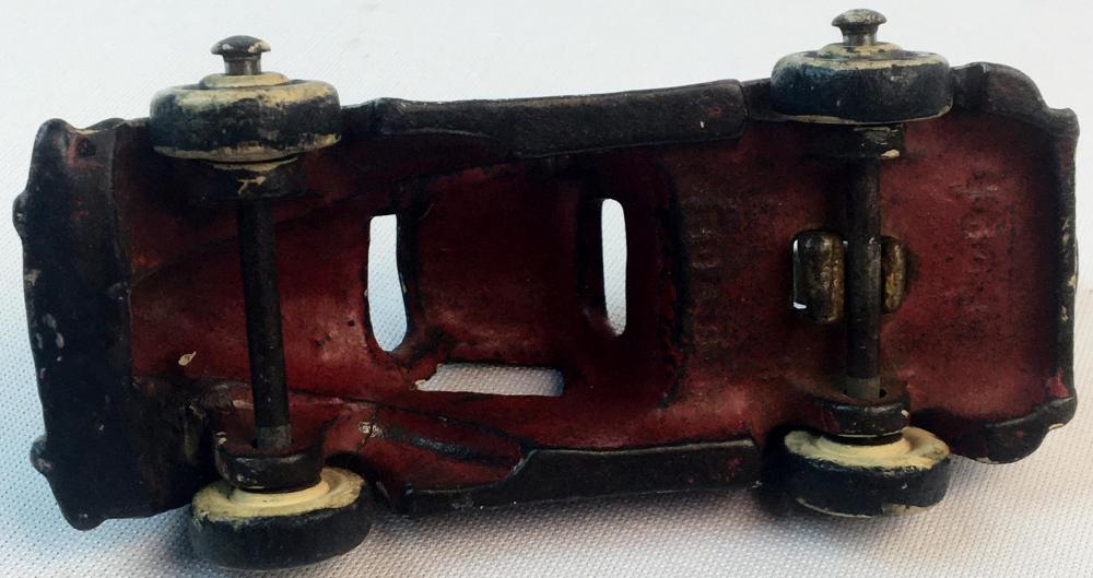 RARE Antique c. 1920 Cast Iron Arcade Balloon Tow Truck w/ Rubber Tires & Original Hook