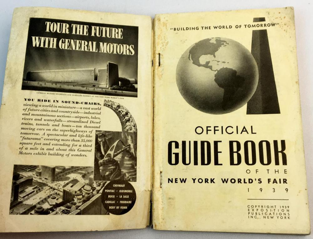 1939 New York World's Fair Official Guide Book Illustrated FIRST EDITION