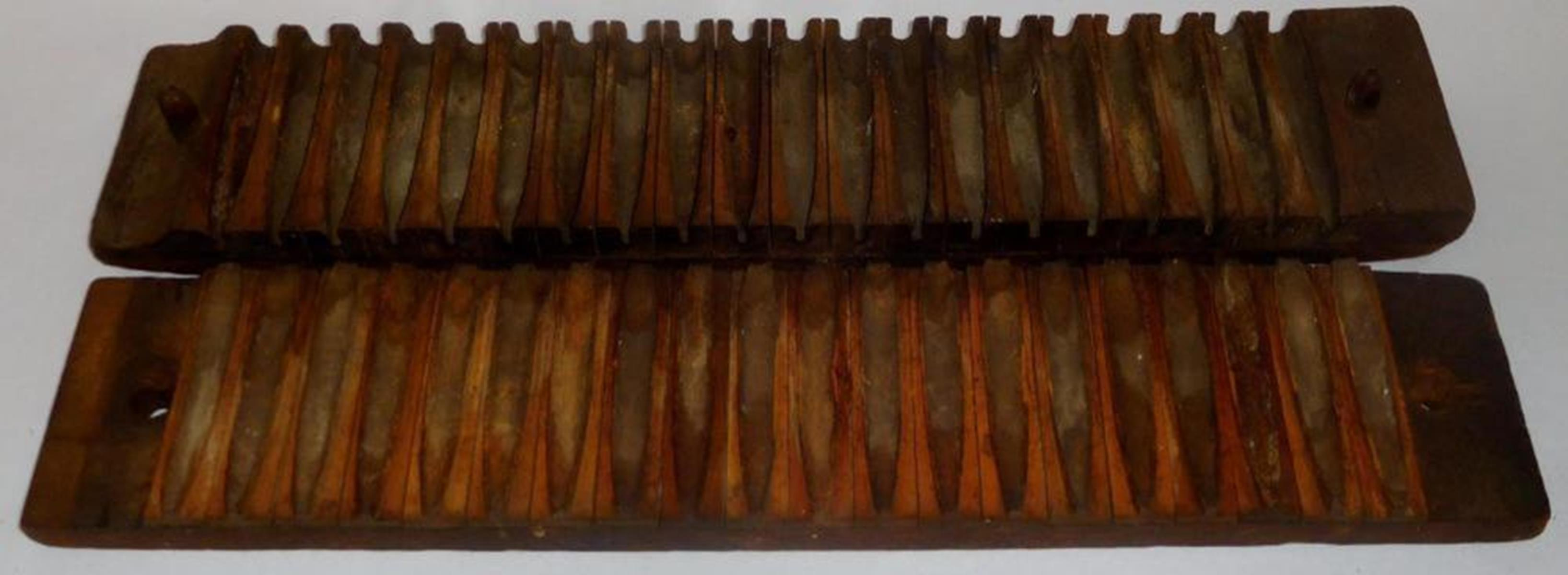 Antique Late 1800's Wooden Unmarked 20 Section Cigar Mold