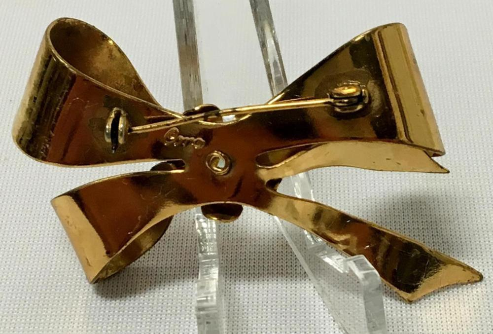 Vintage Signed Coro Gold Tone Bow Brooch W/ Rhinestone Accent