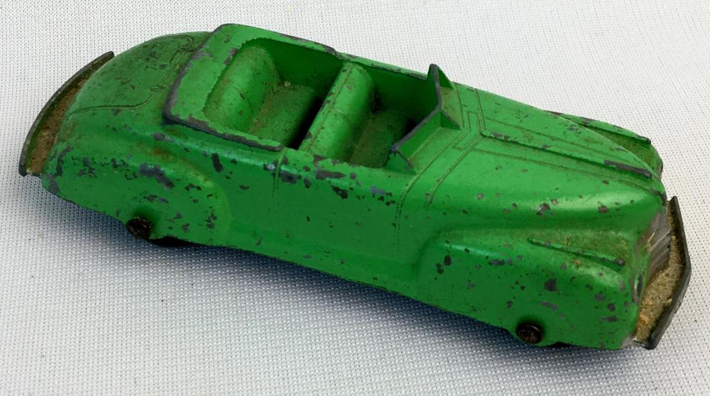 Vintage 1950's Tootsietoy Green Die-Cast Convertible