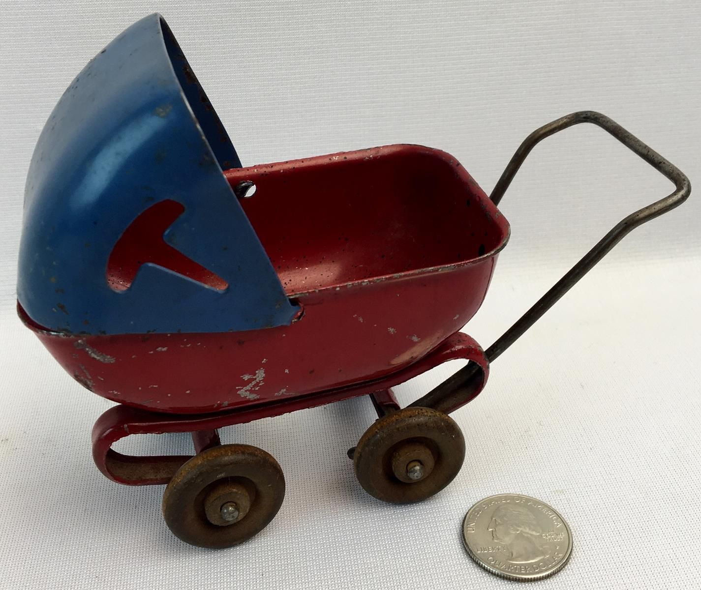 Vintage 1930's Wyandotte Metal Toy Baby Carriage w/ Wood Wheels