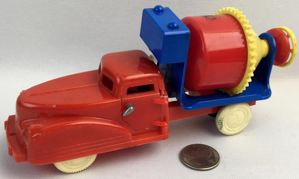 Vintage 1960's Renwal Cement Mixer Truck WORKS