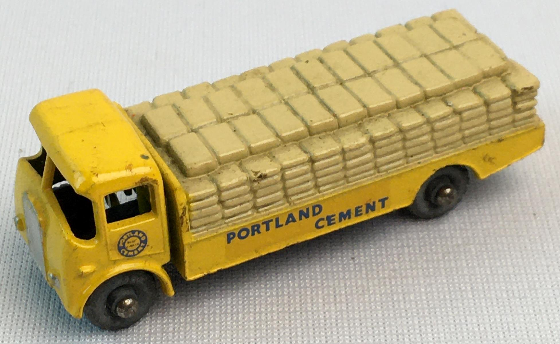 Vintage c. 1960 Lesney Matchbox No. 51 Albion Chieftan Cement Bag Truck w/ Gray Wheels