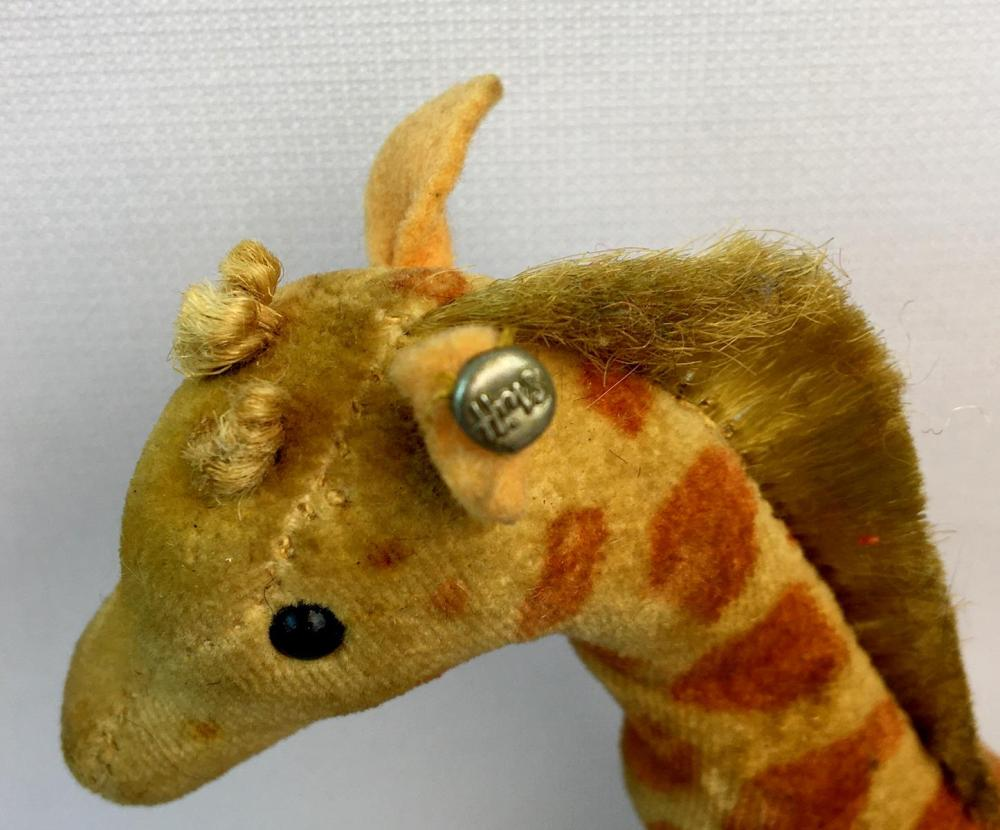 Vintage 1950 German Steiff Giraffe Velveteen Plush w/ Button