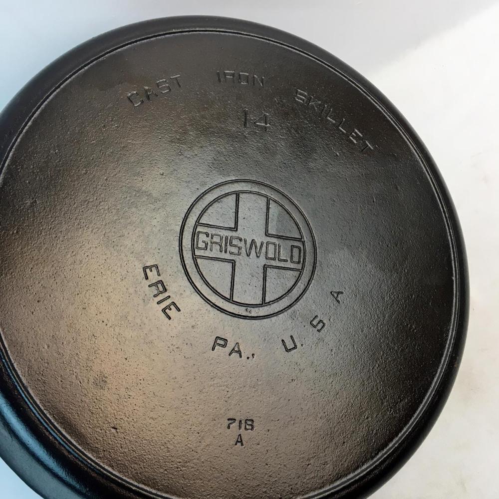 Vintage c. 1930 Griswold #14 Cast Iron Skillet 718A Large Block Logo EPU Heat Ring