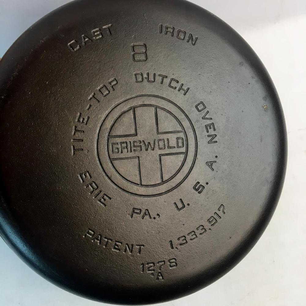 Antique Griswold No. 1278 Tite Top Dutch Oven w/ Button Top Lid and Trivet