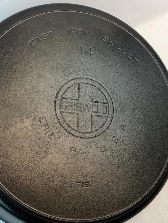Vintage c. 1930 Griswold #14 Cast Iron Skillet 718 Large Block Logo EPU Heat Ring