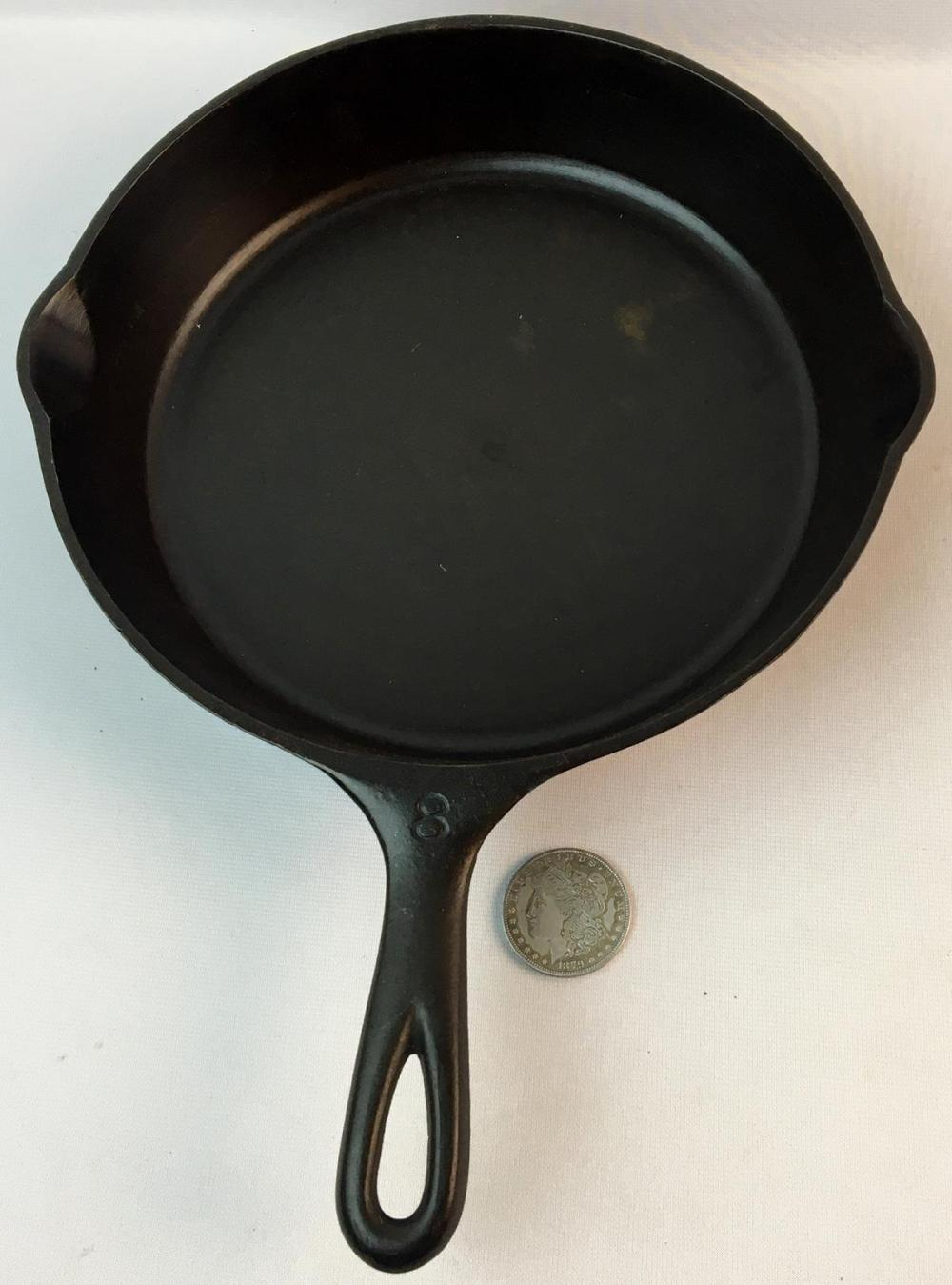 Vintage Wagner Ware Sidney -O- No. 8 Cast Iron 1058 N Skillet w/ Heat Ring and 2 Spouts