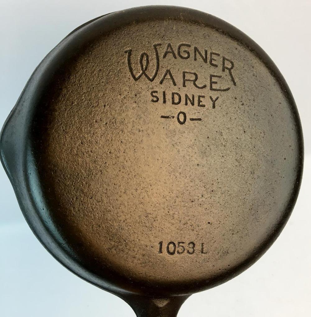 Vintage Wagner Ware Sidney -O- No. 3 Cast Iron Skillet 1053 L w/ Curved Logo