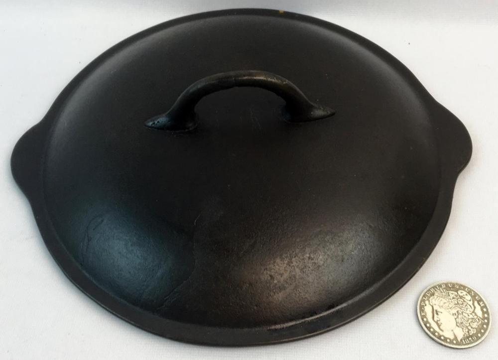Antique Favorite Piqua Ware No. 8 Cast Iron Dutch Oven Cover w/ 3 Concentric Broken Circles