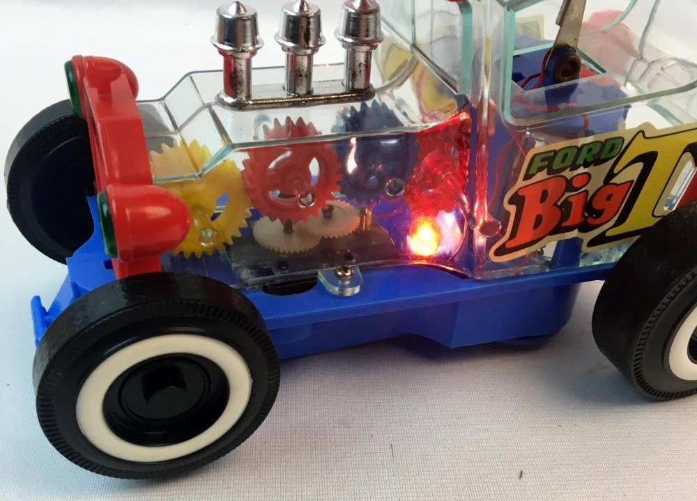 Vintage 1970's Taiyo Ford Big T Bump'n Go Battery Operated Toy w/ Box WORKS