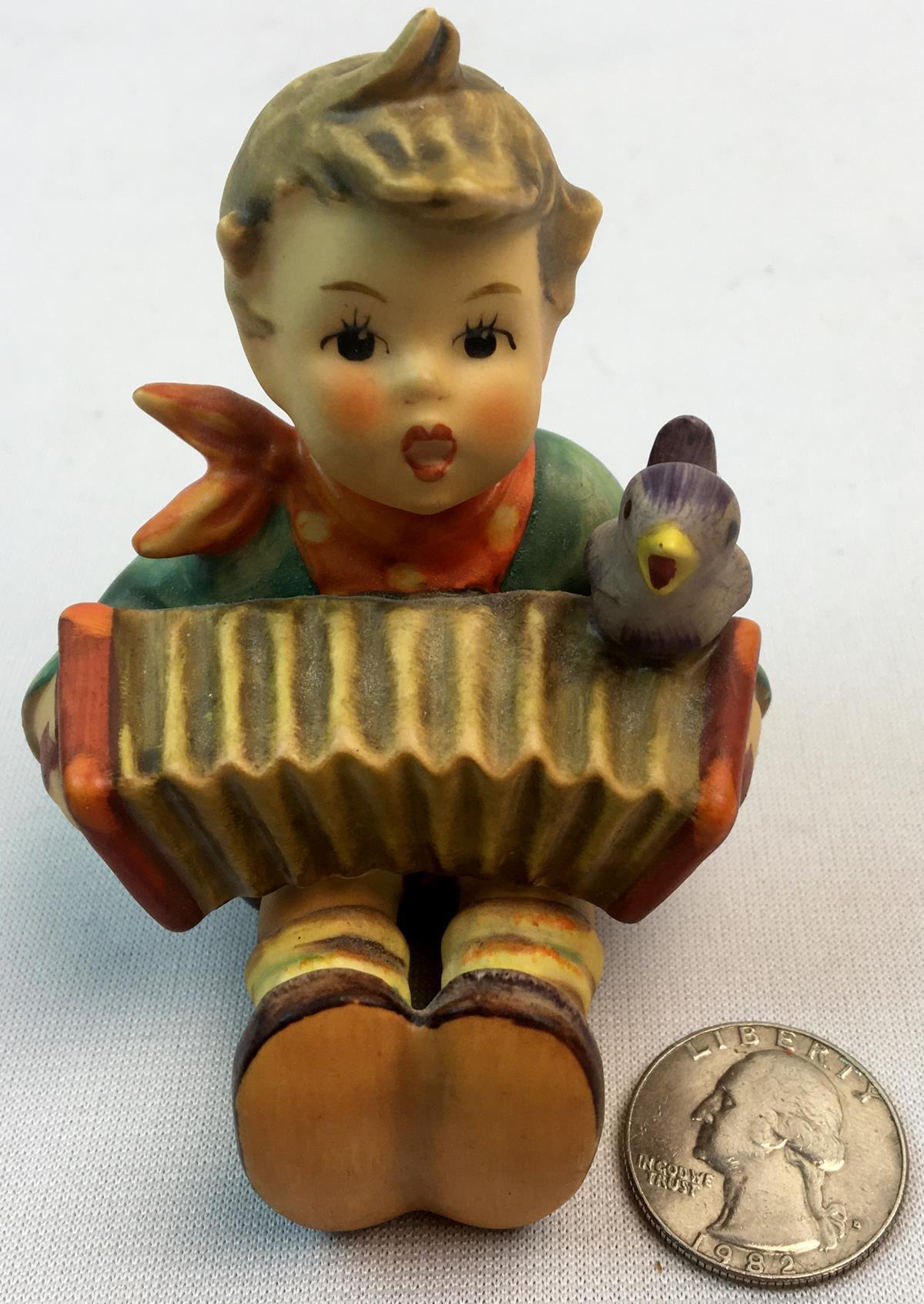 "Vintage Hummel Figurine ""Let's Sing"" 110/0 TMK4"