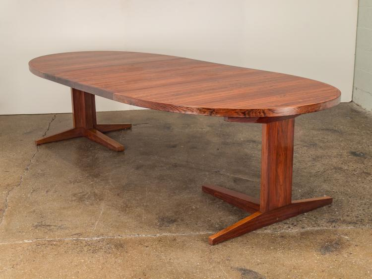 Danish Modern Rosewood Pedestal Table with Leaves