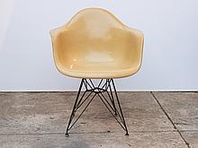Eames Molded Fiberglass Armchair in Butterscotch