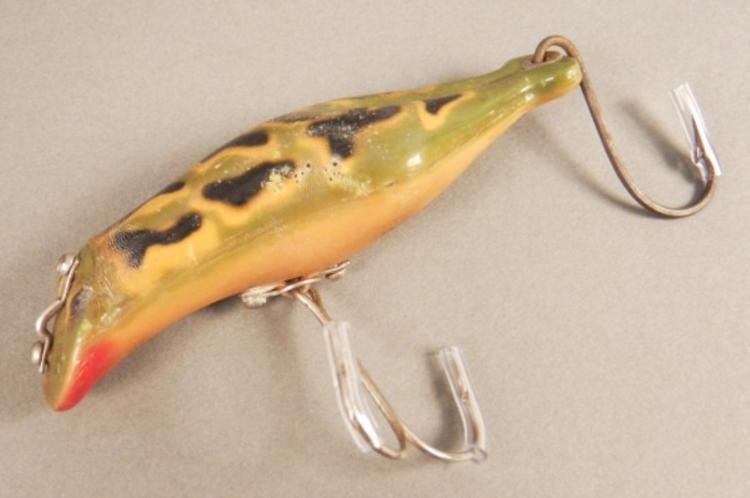 Vintage frog fishing lures