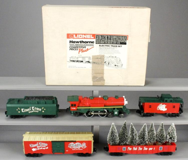 Lionel 6-21944 Christmas & 6-11756 Train Cars