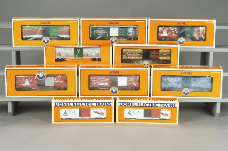 10 Collectible Lionel Christmas Train Cars