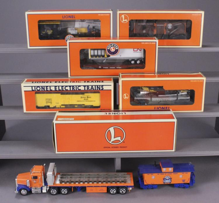 8 Lionel Collectible Vehicles & Train Cars
