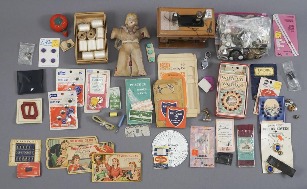 Assorted Vintage Sewing Items - Needle Books