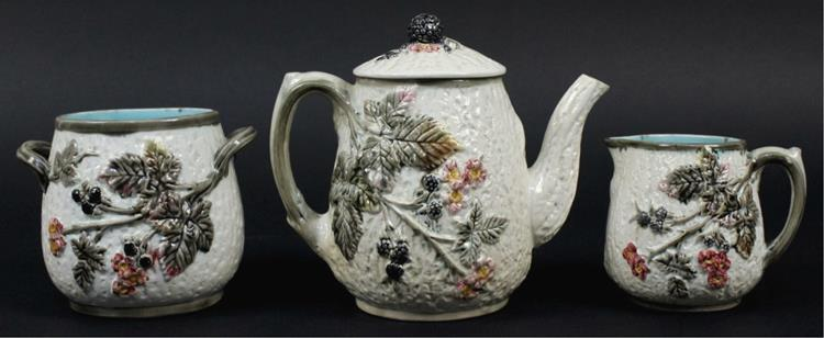 Majolica Blackberry Leaf Teapot Creamer Sugar Set