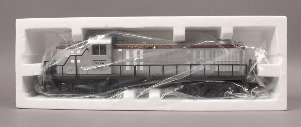Train Auction - Lionel, Mike's Train House & More