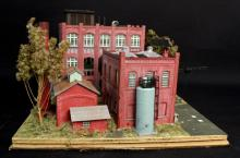 Oxon Hill Kenrose Dresse Brick Factory HO Diorama