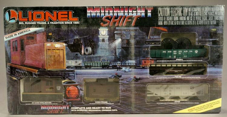 Toys R Us Trains : Lionel toys r us midnight shift train set