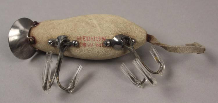 Heddon dowagiac meadow mouse fishing lure in box for Mouse fishing lure
