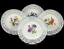 SET OF FOUR FINE MEISSEN PORCELAIN PLATES