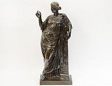 FRENCH PATINATED BRONZE OF A ROMAN LADY