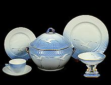 THIRTY-TWO PIECE BING & GRONDAHL PORCELAIN PART DINNER SERVICE