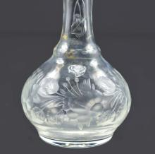 Lot 15: TWO VICTORIAN ENGRAVED COLORLESS GLASS BUD VASES