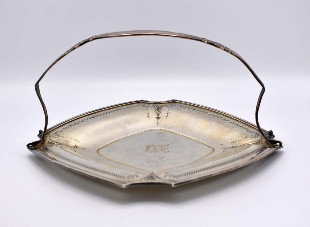 AMERICAN STERLING SIVER BREAD BASKET