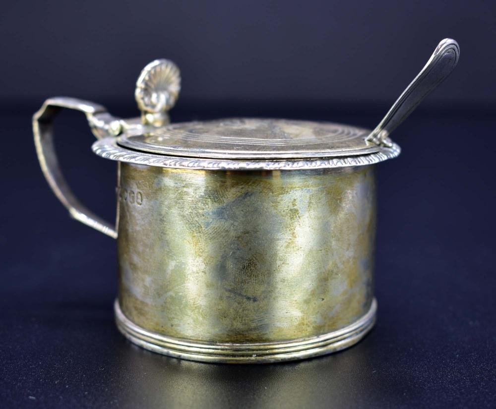 GEORGE III SILVER MUSTARD POT WITH SPOON
