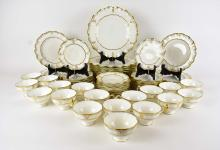 Lot 98: ROYAL CROWN DERBY 72 PC PORCELAIN DINNER SERVICE