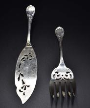 Lot 79: CHRISTOFLE SILVER FISH FORK AND SLICE