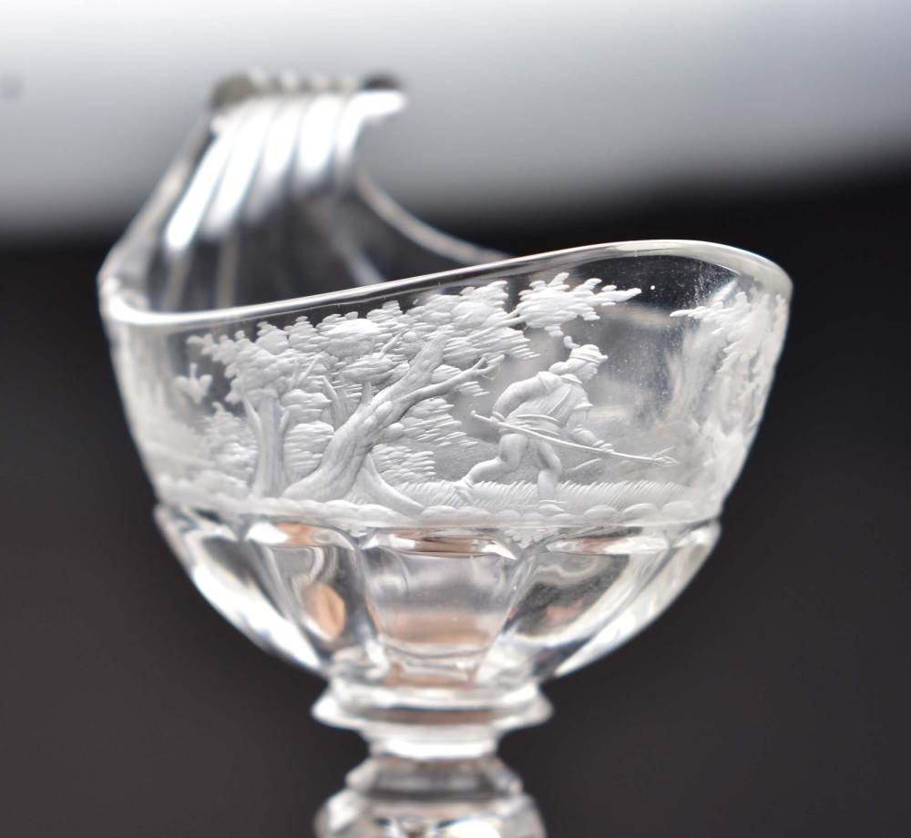 Lot 229: PAIR OF CONTINENTAL ENGRAVED GLASS PEDESTAL SALTS